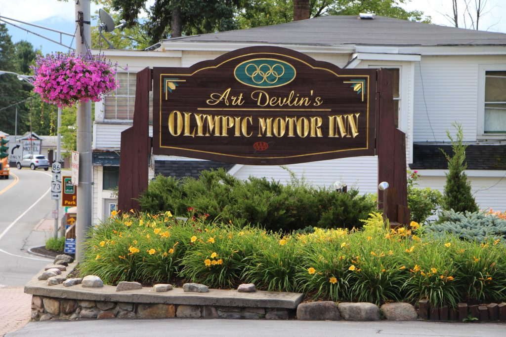 Home Page Art Devlin 39 S Olympic Motor Inn